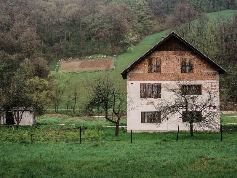 Bosnien, Nicht (zu verkaufen)